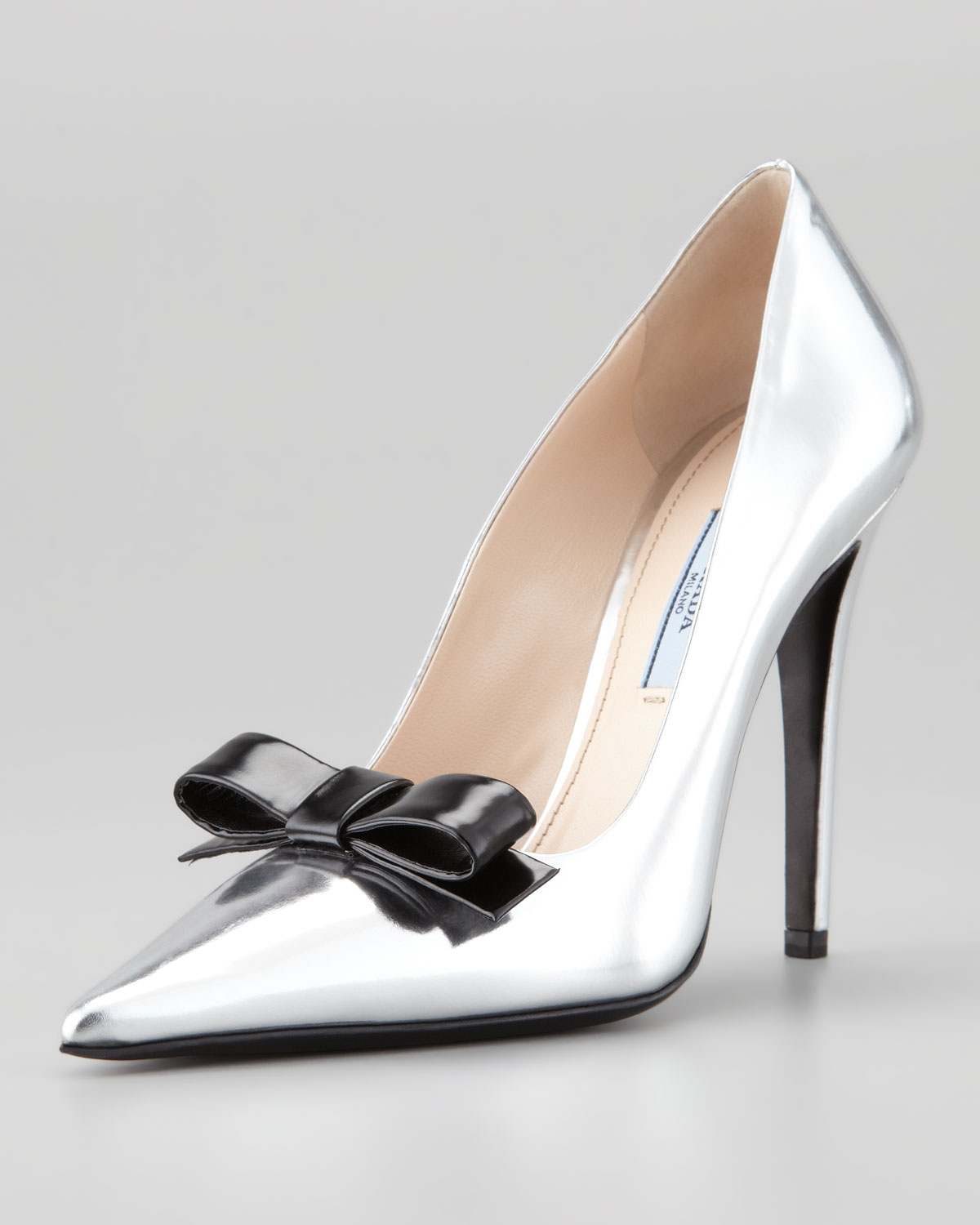 embellished pointed toe pumps - White Prada
