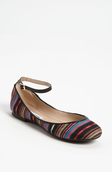 Steve Madden Kovert Flat in Multicolor (bright multi)