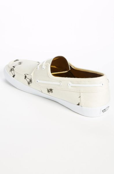 vans chauffeur boat shoe in white for antique
