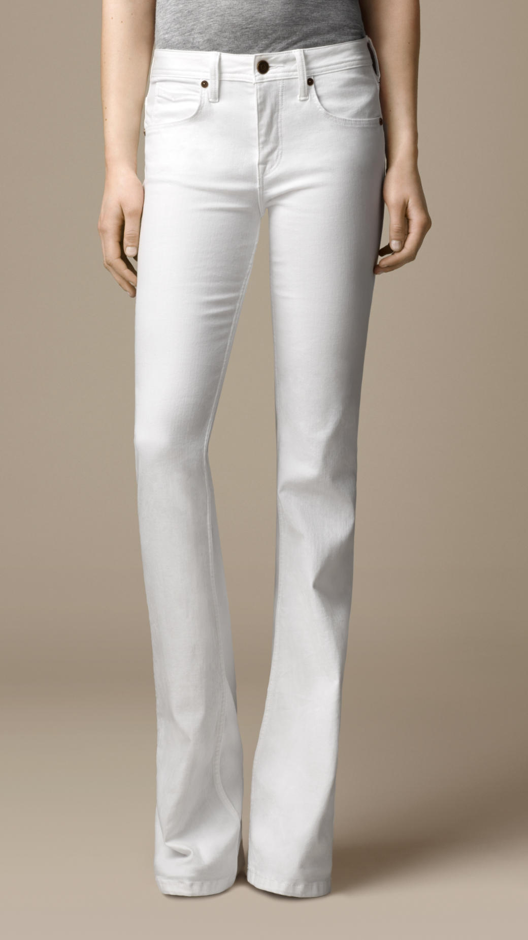 Free shipping and returns on Women's White Bootcut Jeans at topinsurances.ga