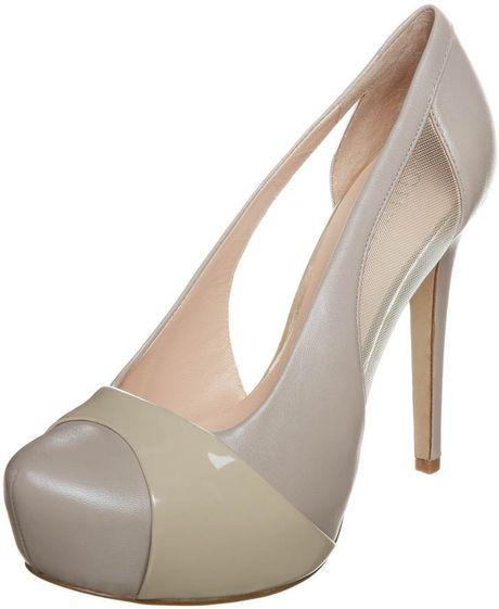 guess palmera high heels beige in beige lyst