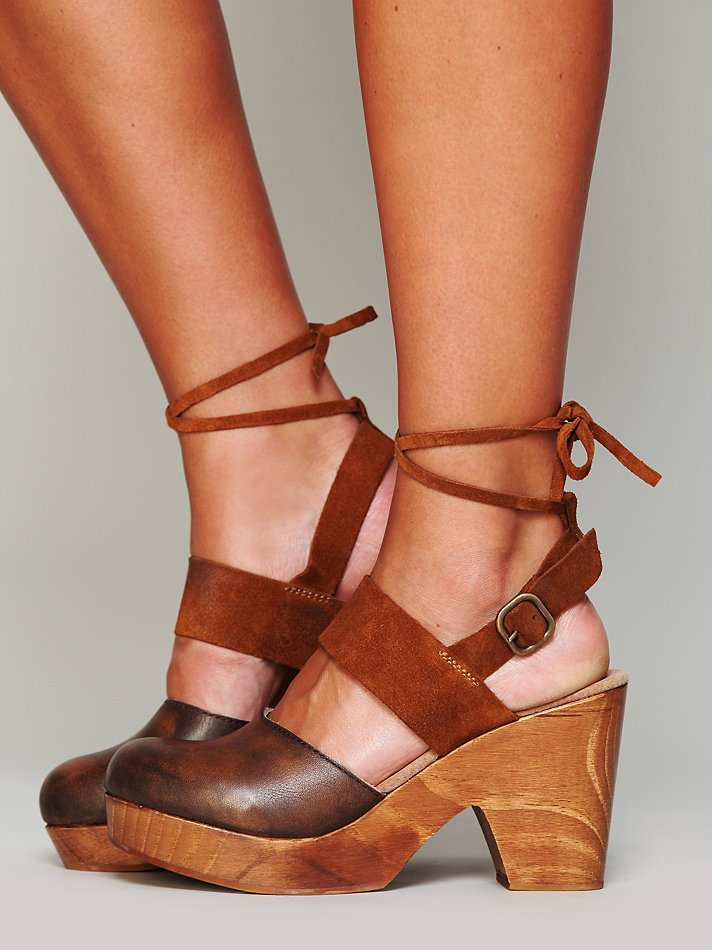 Free People Belmont Leather Clog In Brown Lyst
