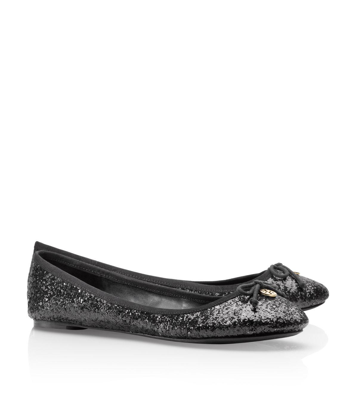 c74e09a667d2 Tory Burch Chelsea Glitter Ballet Flat in Black - Lyst