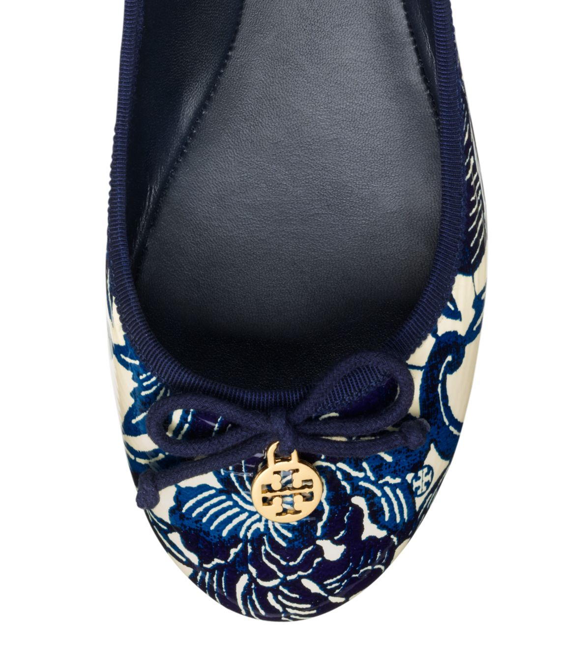 7bb32ce65d03 Lyst - Tory Burch Printed Patent Leather Chelsea Ballet Flat in Blue