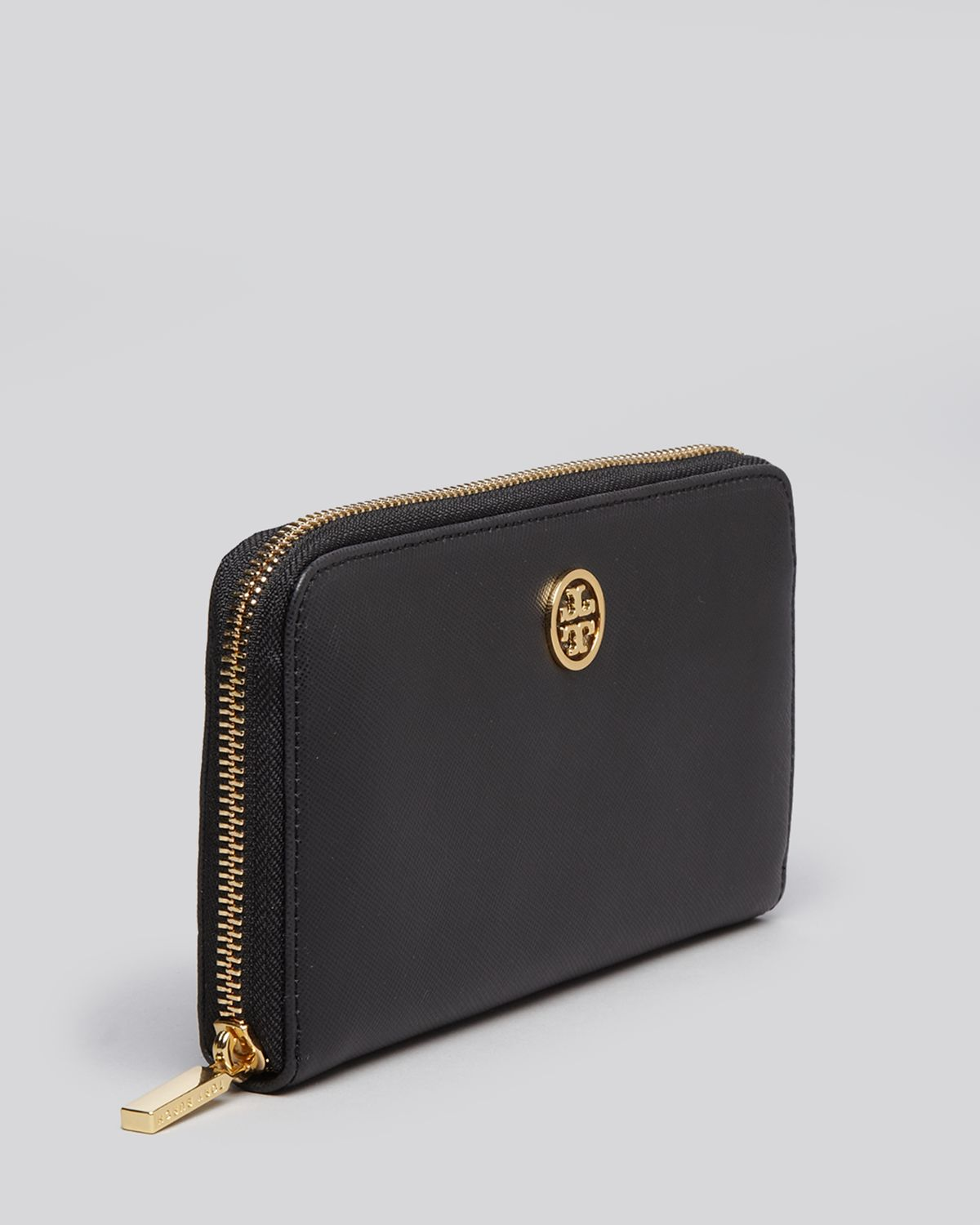 b748be10afa7 Gallery. Previously sold at  Bloomingdale s · Women s Wallet ...