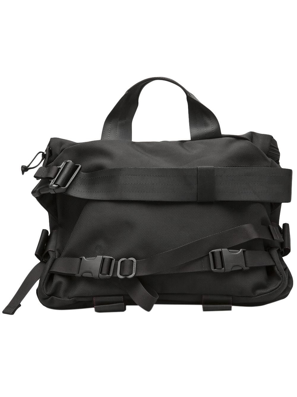 briefing dune shoulder bag in black for lyst