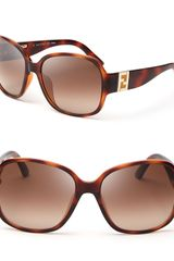 Fendi Oversized Logo Temple Sunglasses - Lyst