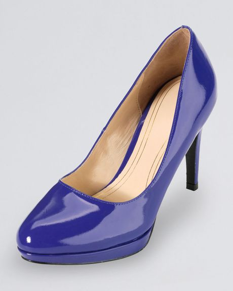 Have a special ocassion coming up and want everything to be perfect? Add an element of fun and whimsy to your formal attire with these slingback pumps.