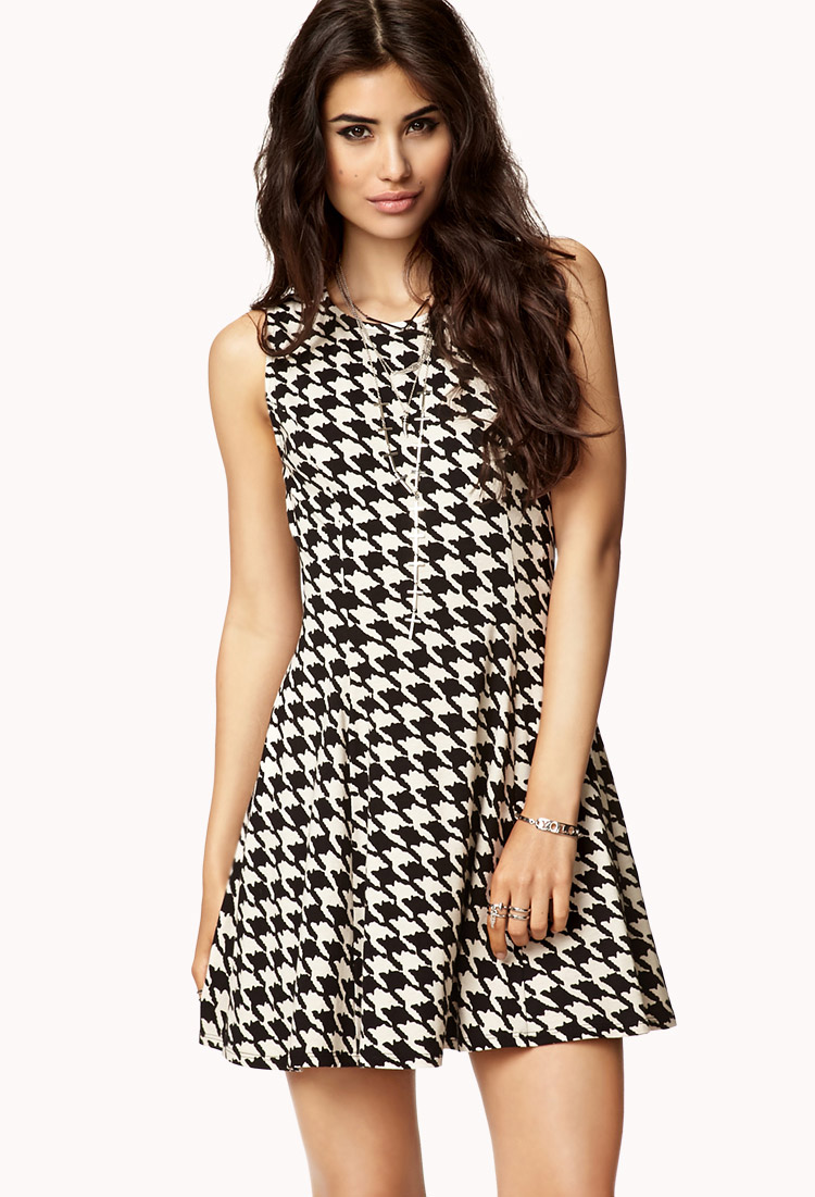 583e3bb44521 Lyst - Forever 21 Dainty Houndstooth Dress in Natural