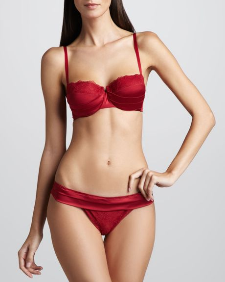 La Perla Womens Lipstick Fever Demi Bra Red in Red - Lyst