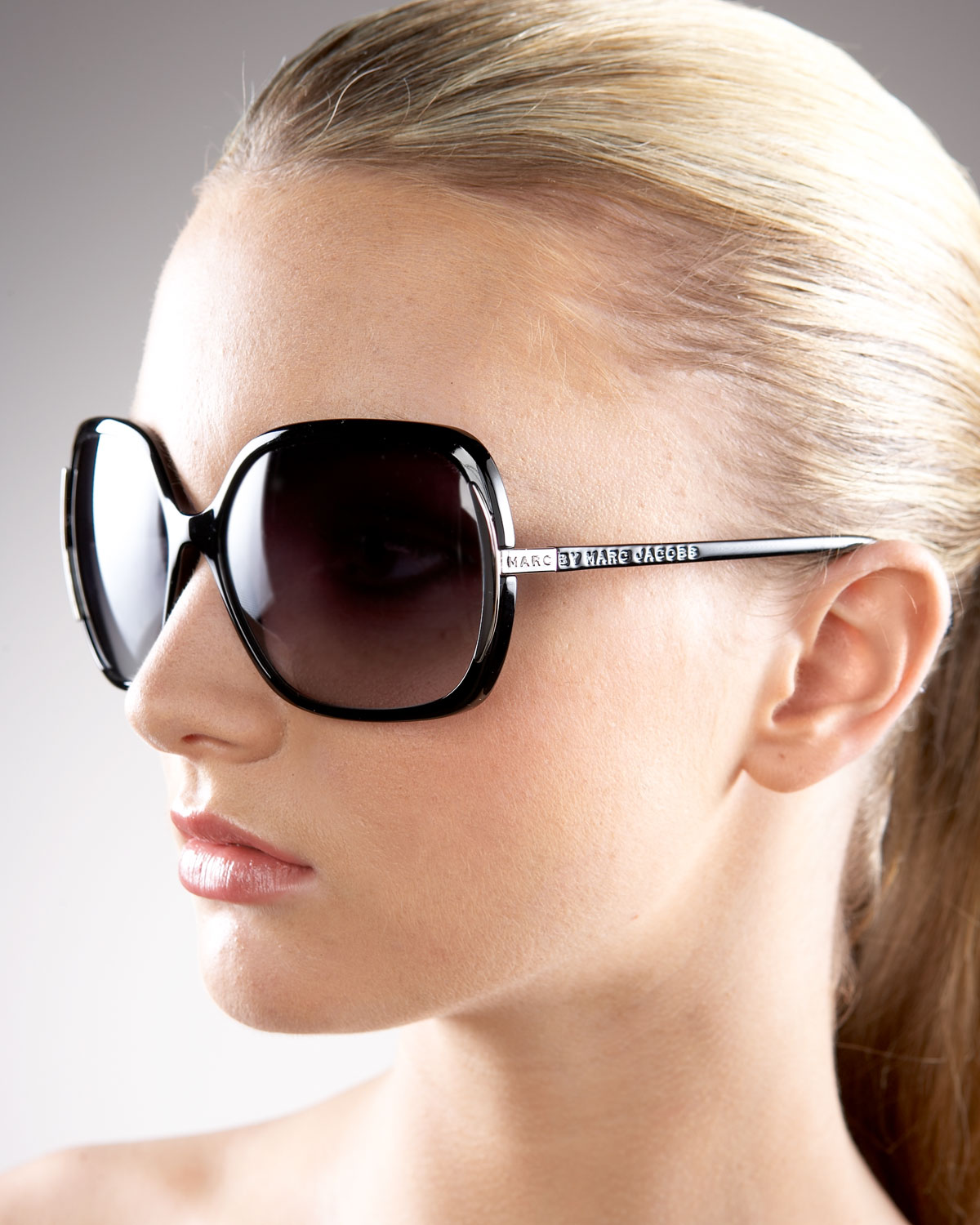 395ca93ad1d23 Marc By Marc Jacobs Thin Square Plastic Sunglasses in Black - Lyst