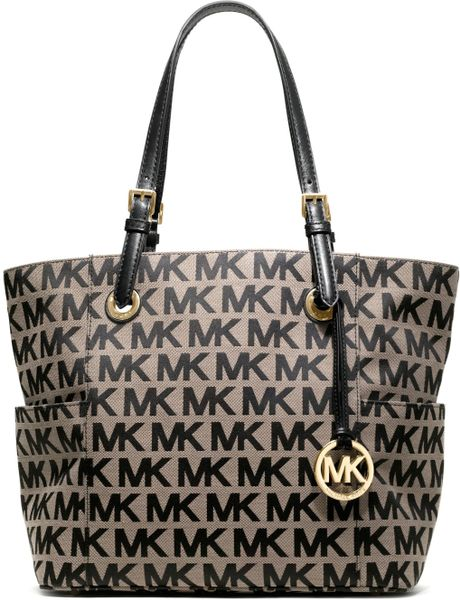 michael by michael kors jet set ew signature tote beigeblack monogram in gray  bg  bl  black