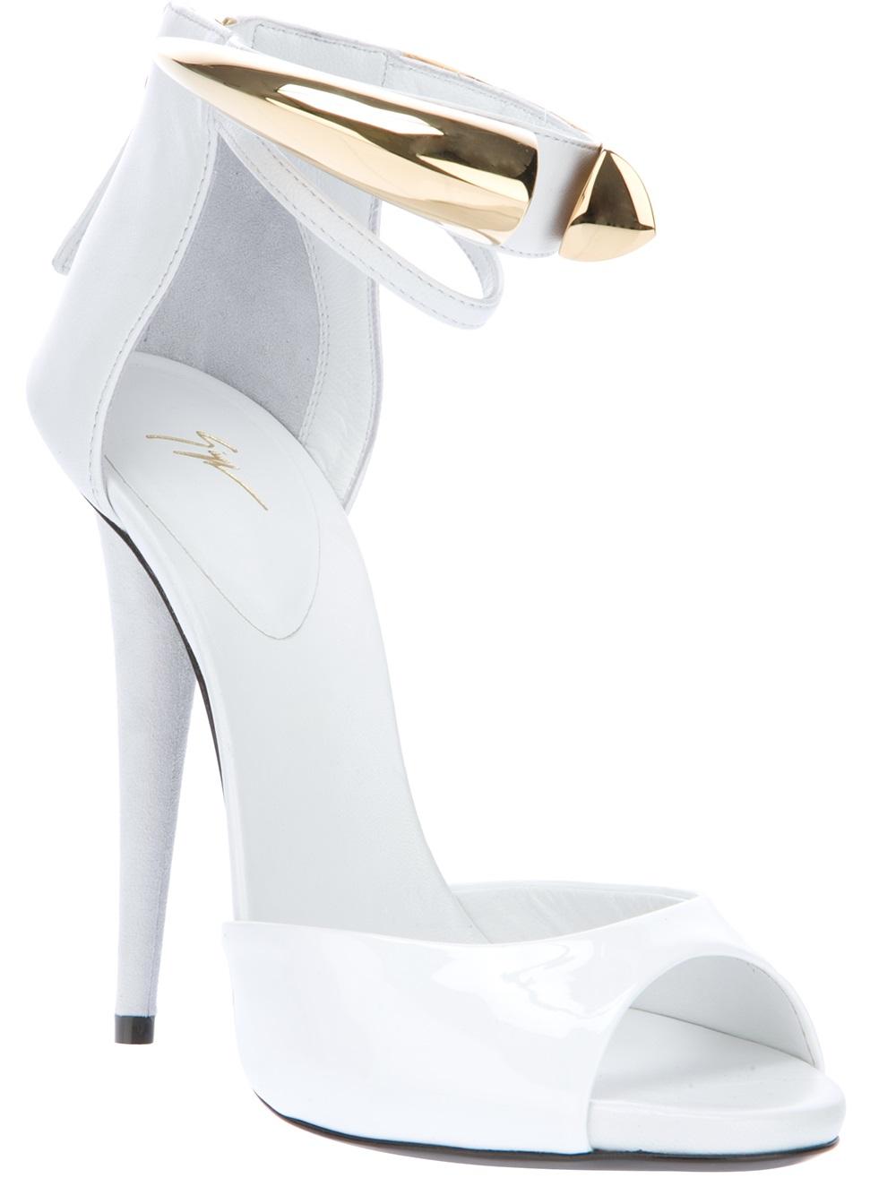 giuseppe zanotti white heels