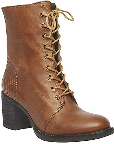 Steve Madden Glacer in Brown (COGNAC LEATHER)