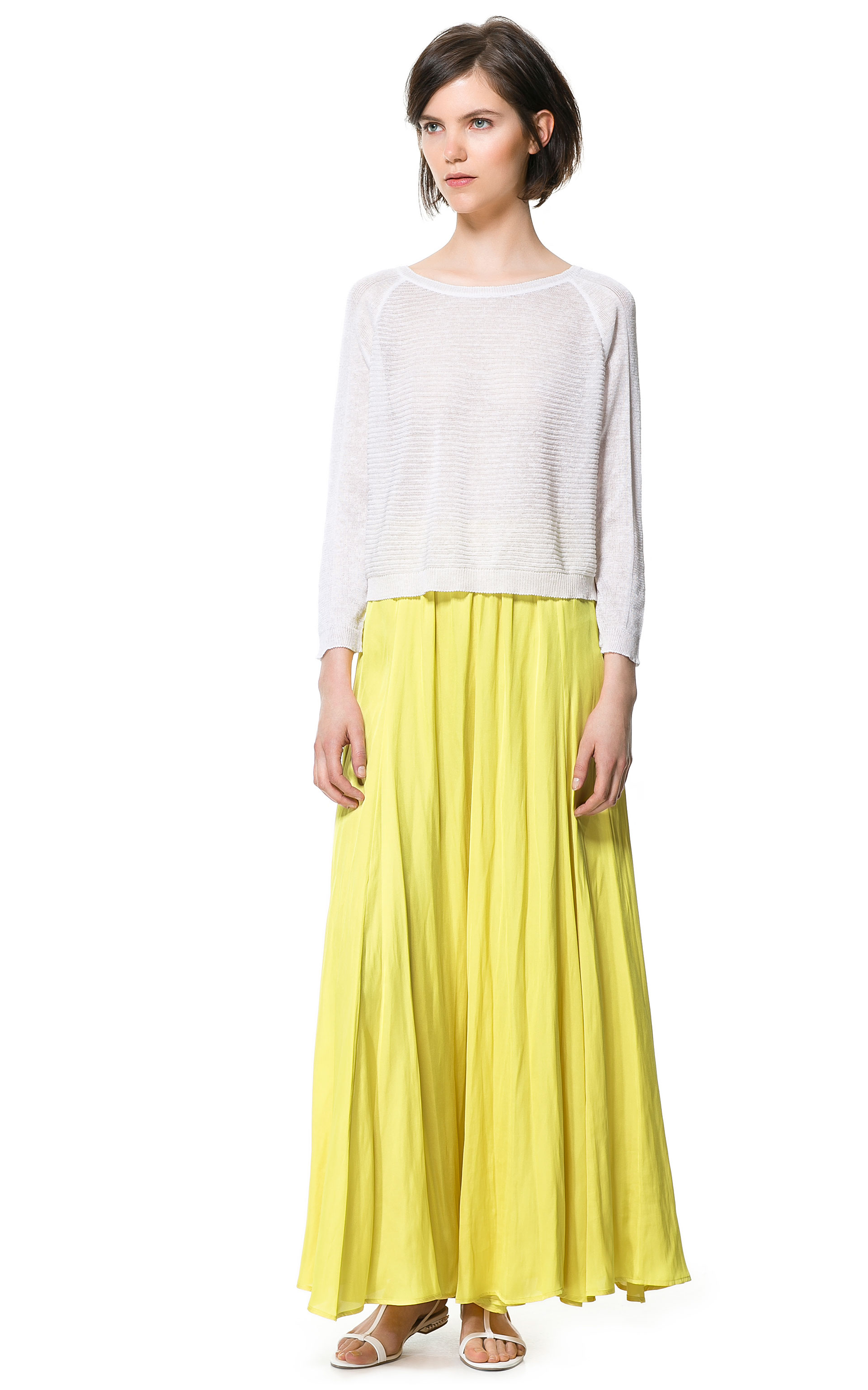 SheIn(sheinside) Yellow High Waist Maxi Skirt ($17) liked on Polyvore featuring skirts, yellow, shein, long skirts, long flared skirt, long chiffon skirt, long maxi skirts and chiffon skirt Find this Pin and more on Clothes by Narah Salgado.