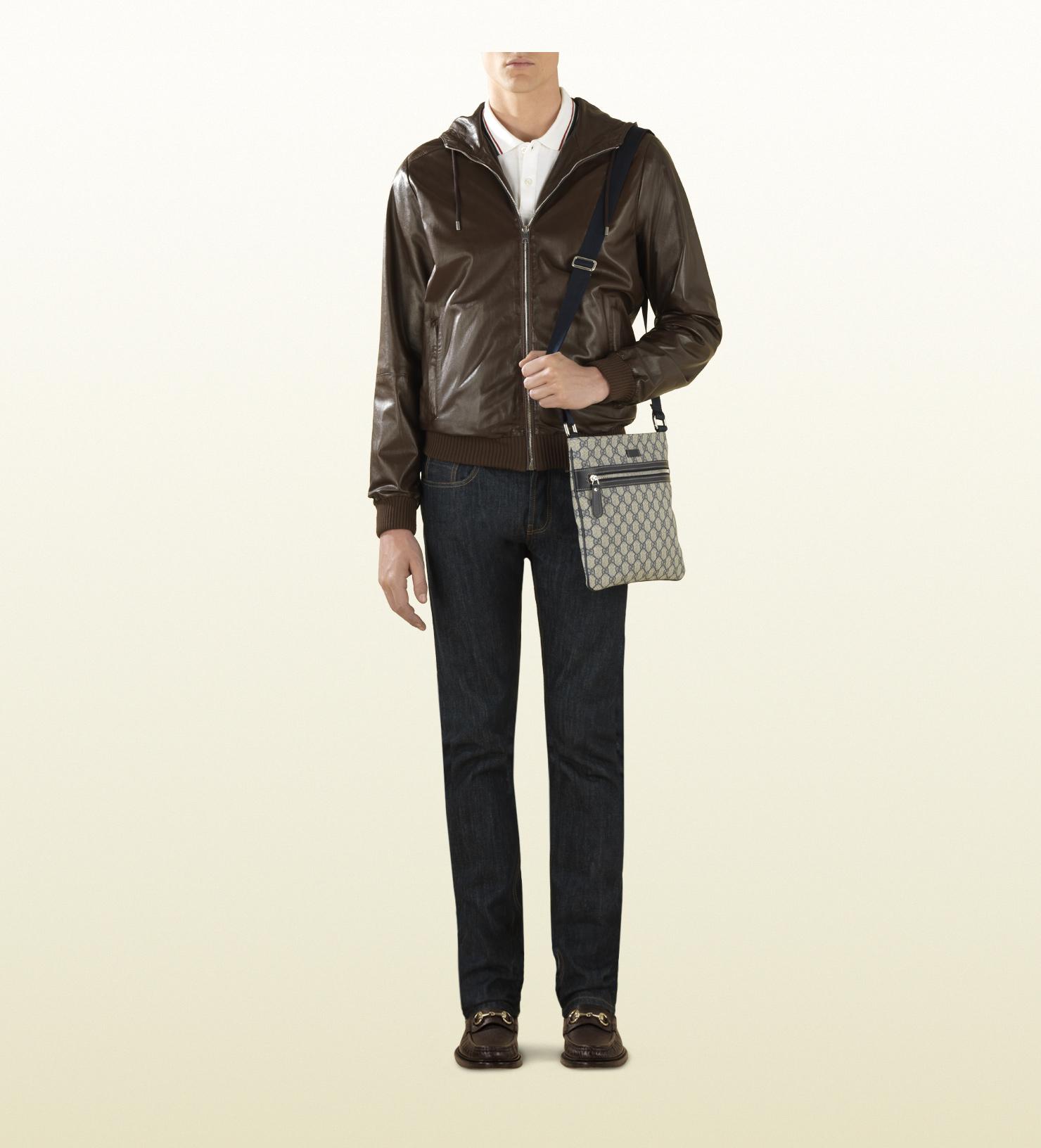 8ca530d39b6 Gucci Gg Supreme Canvas Flat Messenger Bag in Blue for Men - Lyst