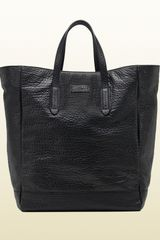 Gucci Black Grainy Leather Top Handle Tote - Lyst