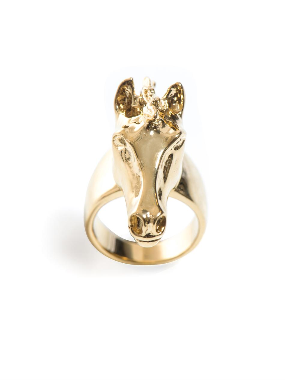Lyst Chlo 233 Horse Head Ring In Yellow