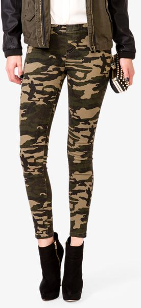 d5e147c37d087 Forever 21 Stretchy Camo Pants in Green (Dark olivetaupe) | Lyst