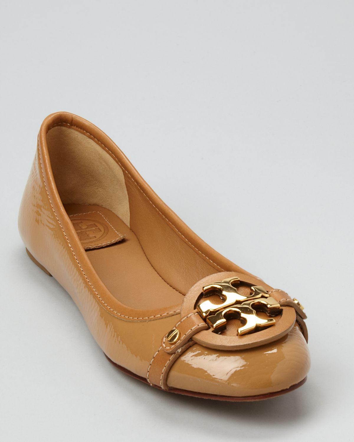 Shop for Tory Burch at modestokeetonl4jflm.gq Visit modestokeetonl4jflm.gq to find clothing, accessories, shoes, cosmetics & more. The Style of Your Life.