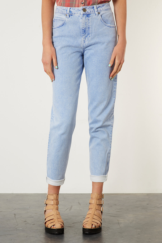topshop moto blue mom jeans in blue lyst. Black Bedroom Furniture Sets. Home Design Ideas