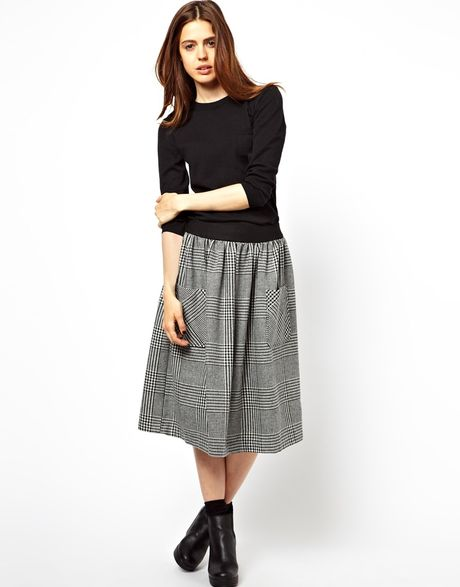 asos asos midi skirt in tweed check with pockets in gray