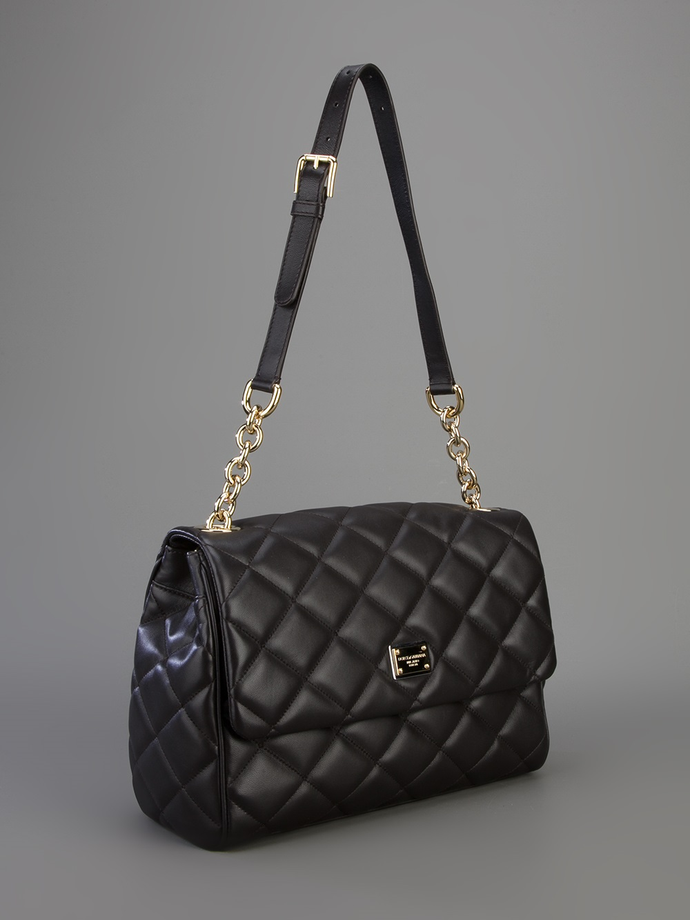 19da400aea48 Dolce   Gabbana Quilted Leather Shoulder Bag in Black - Lyst