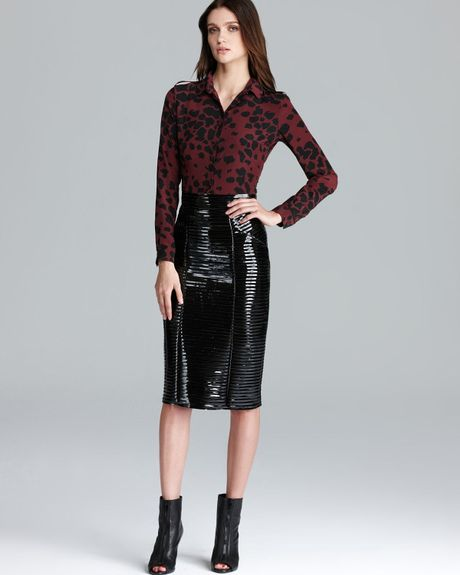 burberry skirt patent leather pencil in black lyst