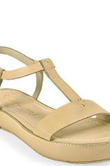 Elizabeth And James Cree Low Wedge Leather Sandal in Natural - Lyst