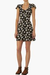 Topshop Daisy Print Tea Dress - Lyst