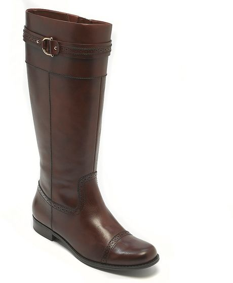 hilfiger leather flat perf toe boot in brown cognac