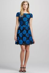 Alice + Olivia Alice Olivia Nelly Vback Jacquard Dress - Lyst