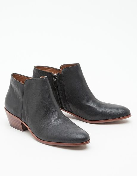 sam edelman petty leather boot in black lyst
