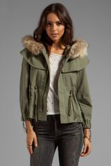 Skaist Taylor Twill Cropped Cape Jacket in Army - Lyst