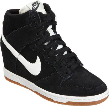 Nike Dunk Sky hi Black Nike Dunk Sky hi in Black