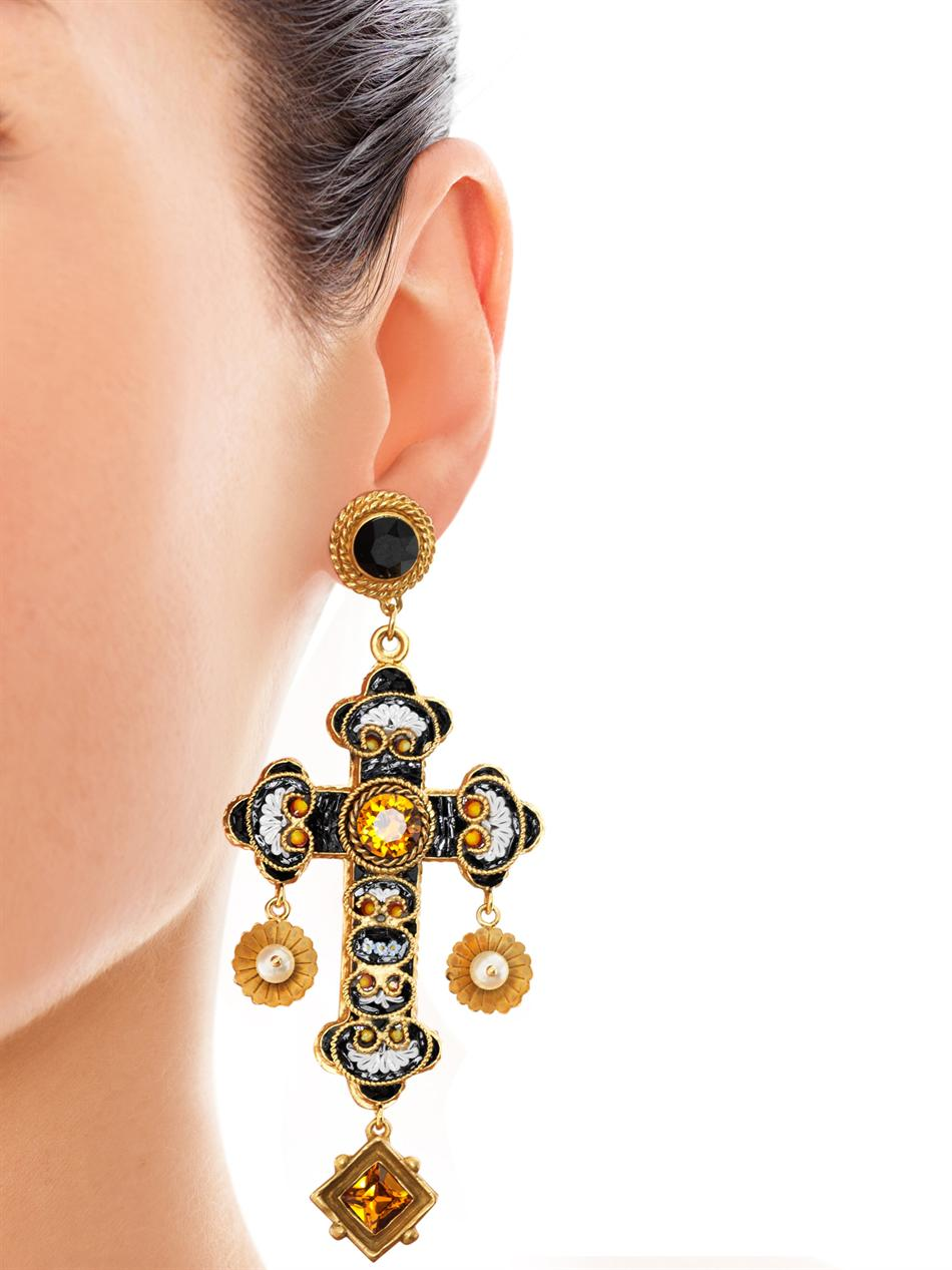 72e6df76556 Lyst - Dolce   Gabbana Filigree Cross Earrings in Metallic
