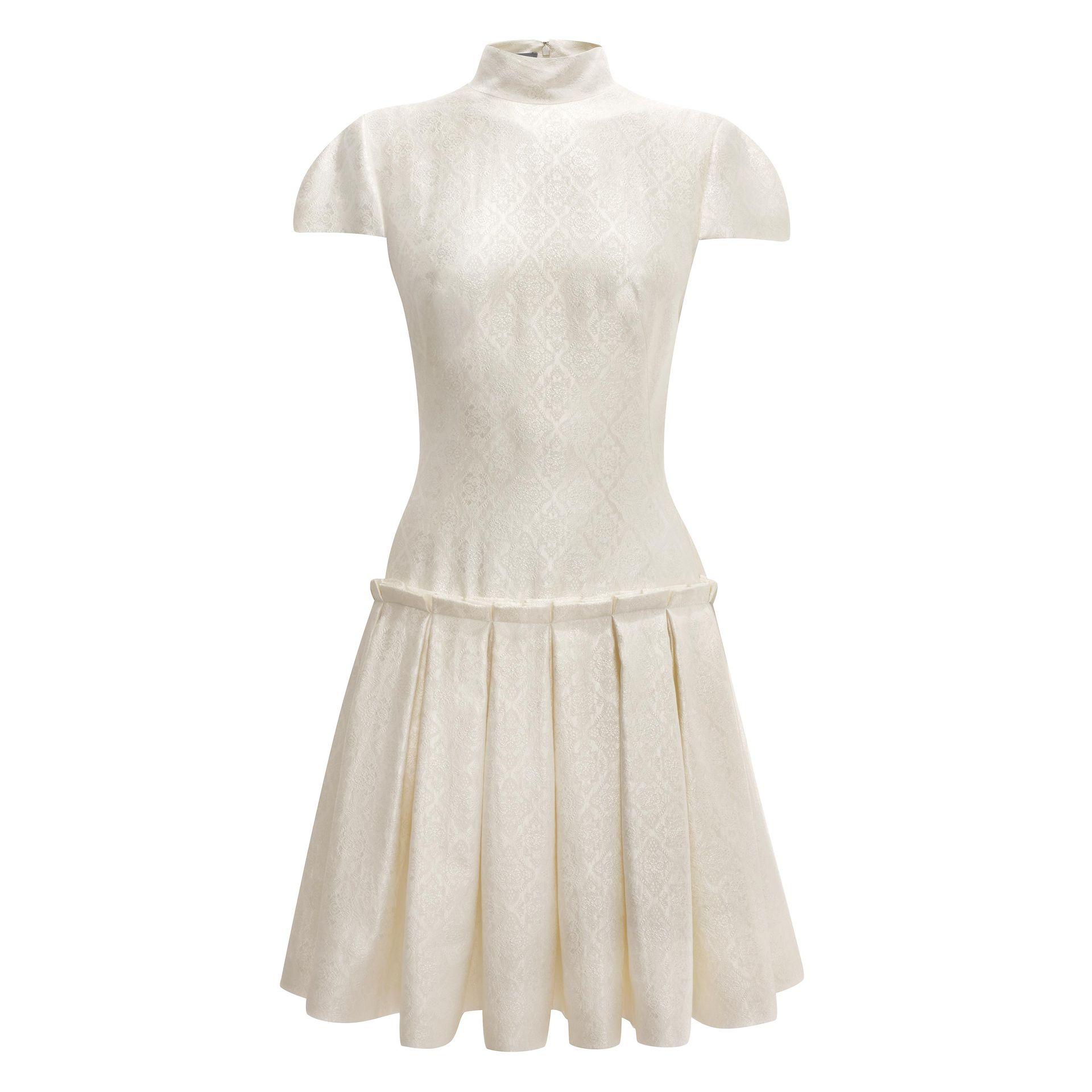 Lyst - Alexander McQueen Organza Jacquard Box Pleat Mini Dress in White f2b5ae13d