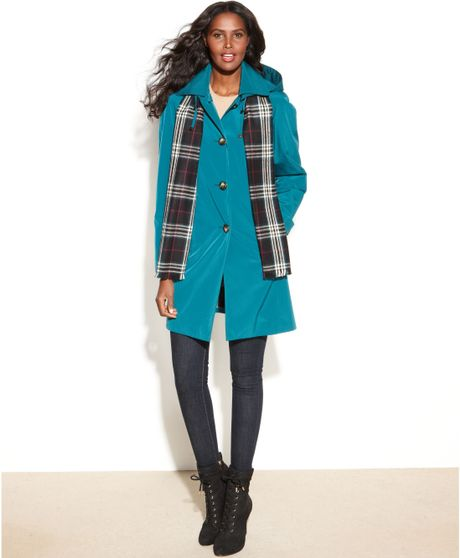 London Fog Singlebreasted Hooded Raincoat with Plaid Scarf in Blue (Spruce)