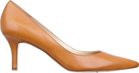 Nine West Andriana Pointy Toe Pump in Brown (NATURAL LEATHER) - Lyst