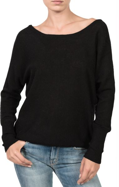 Shop University Of Georgia Mens Sweaters, Dress Shirts and Button Down Shirts at the Bulldogs Bookstore. Flat-Rate Shipping.