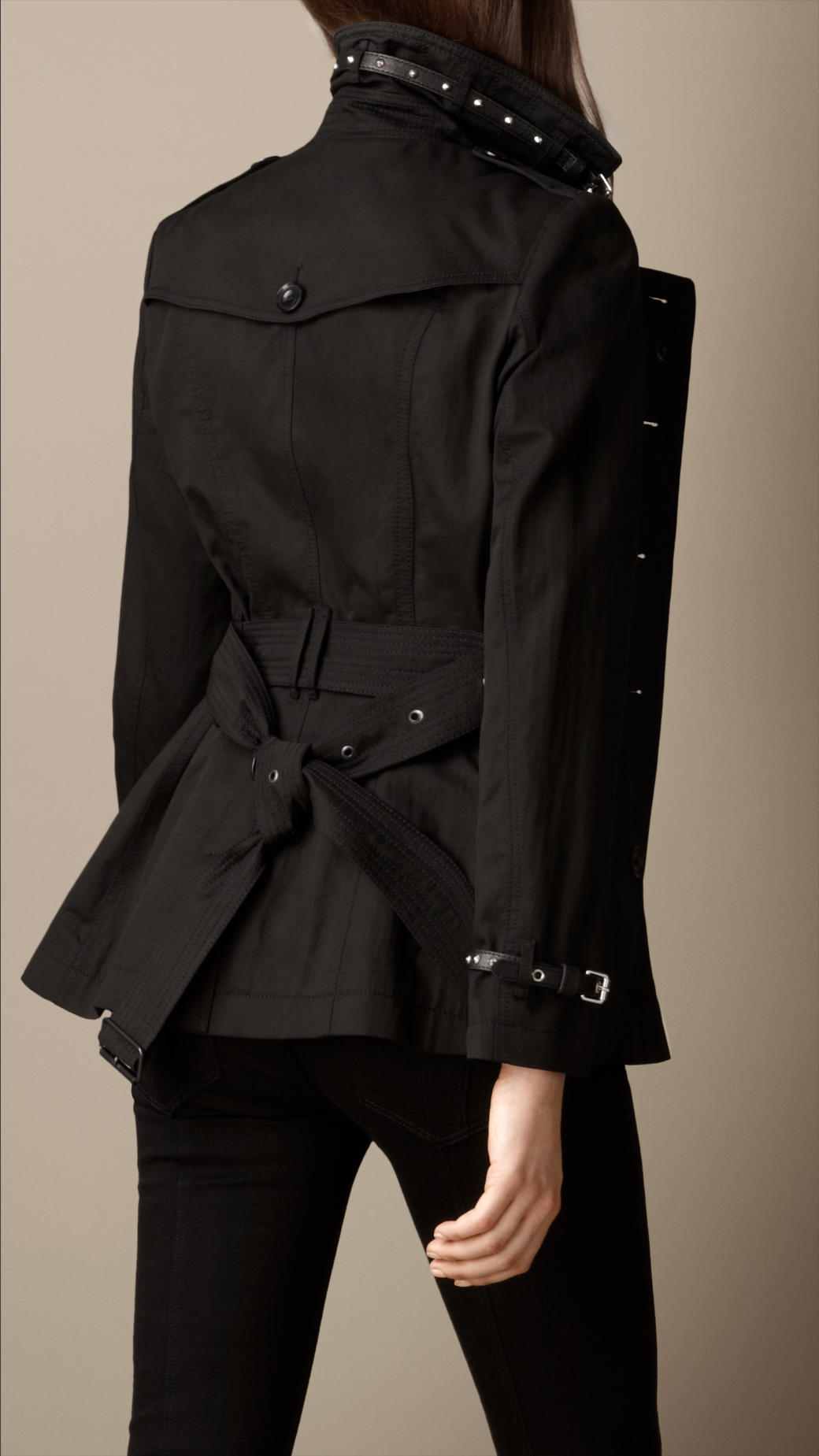 Burberry Short Stud Detail Trench Coat in Black | Lyst