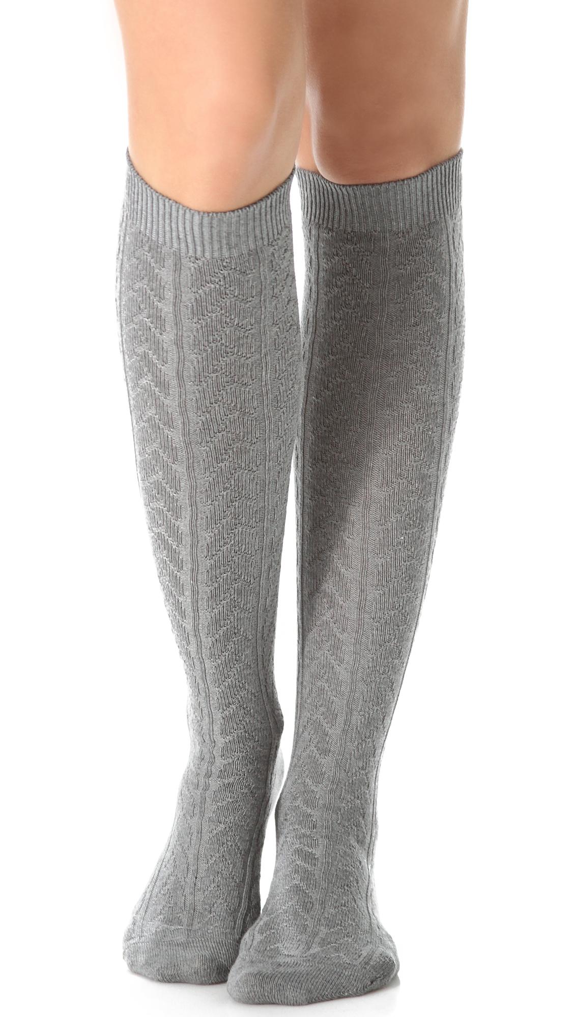 b814be0ff Falke Striggings Cable Knit Knee High Socks - Grey in Gray - Lyst