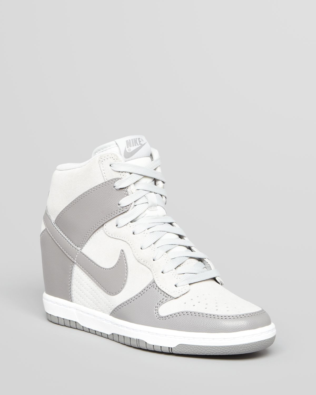 0f4317fe756579 Gallery. Previously sold at  Bloomingdale s · Women s Nike Dunk Women s  Nike Dunk Sky Hi ...