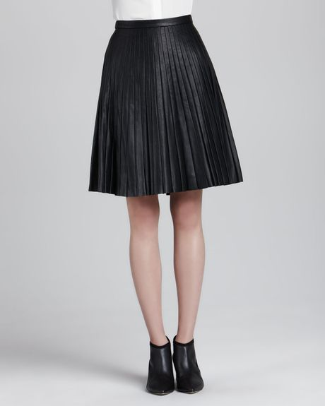 theory alcine pleated leather skirt in black lyst