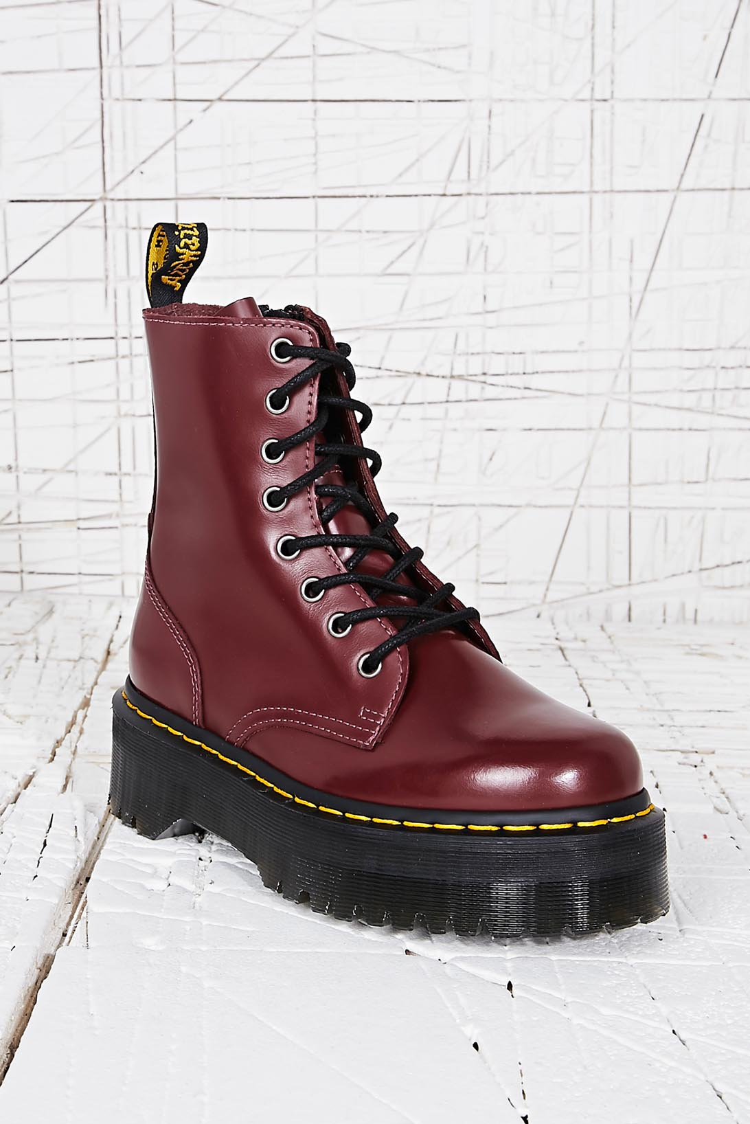 b3bdeab213e4 Dr. Martens Jadon Platform Boots in Red in Red - Lyst