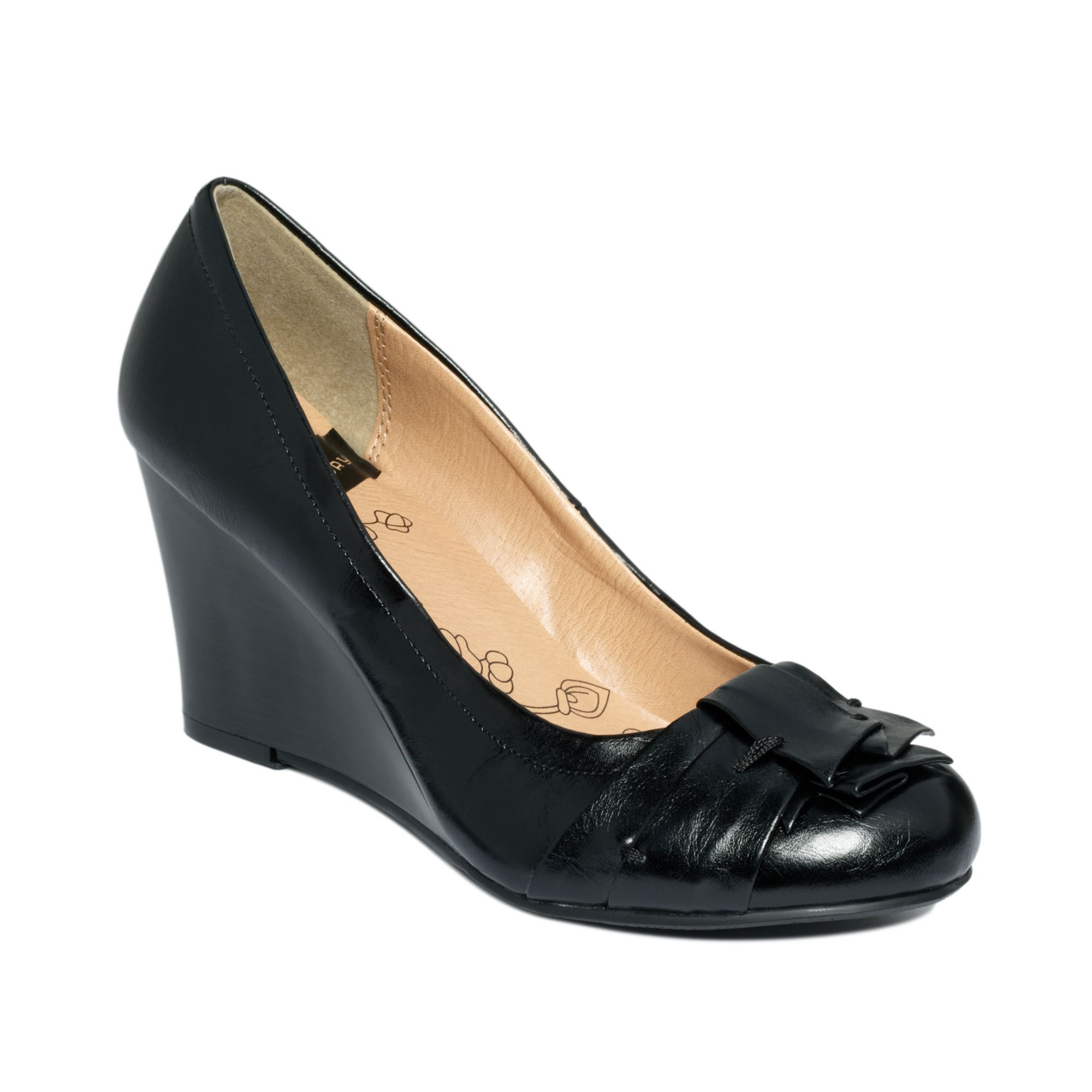 73547ffe05 Lyst - Chinese Laundry Cl By Laundry Shoes Irmine Wedge Pumps in Black