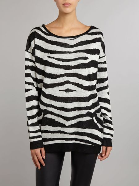 Knitting Pattern Slouch Jumper : Izabel London Zebra Stripe Slouch Knit Jumper in Black (Multi-Coloured) Lyst
