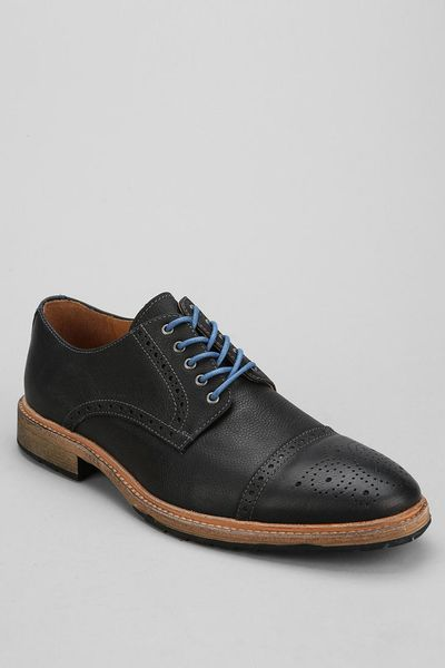 Urban Outfitters Florsheim Indie Captoe Oxford Shoe In Black For Men | Lyst