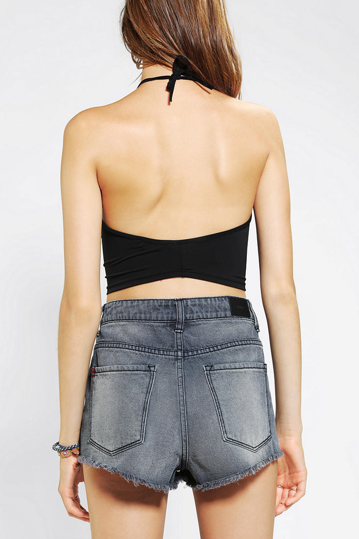 8d63fe9dfde Urban Outfitters Fonda Halter Cropped Top in Black - Lyst