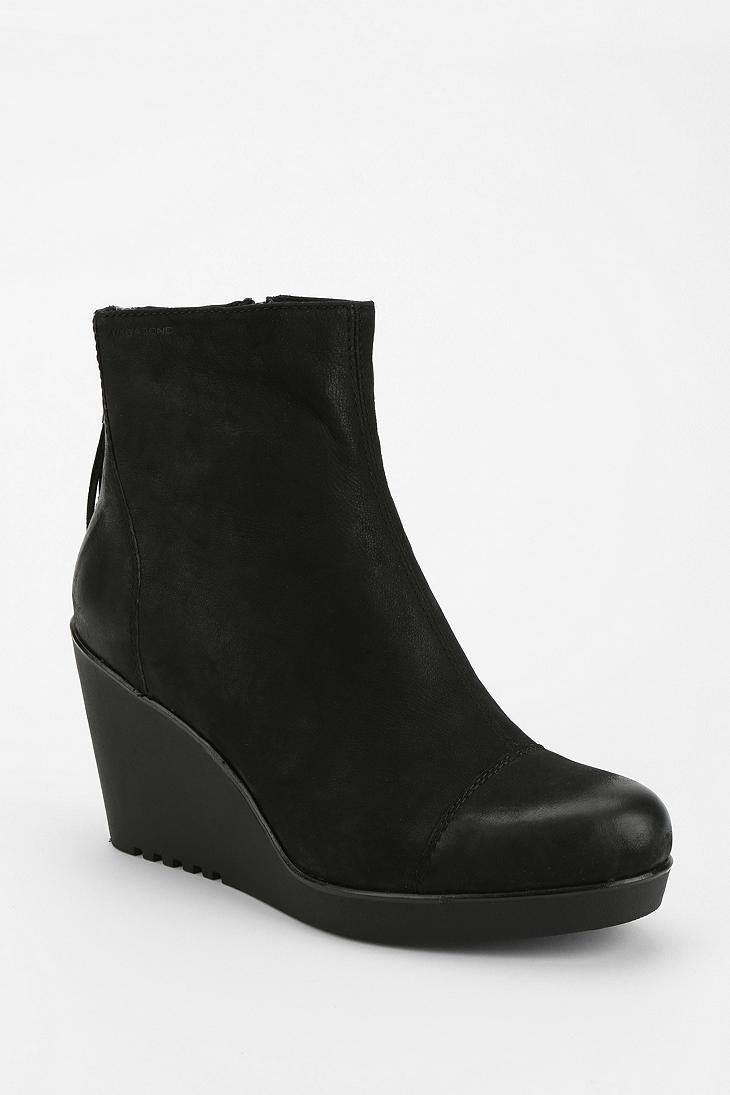 9ccddf7310 Urban Outfitters Vagabond Valencia Wedge Ankle Boot in Black - Lyst